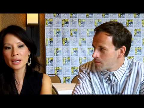 """Elementary"" - Lucy Liu and Jonny Lee Miller"