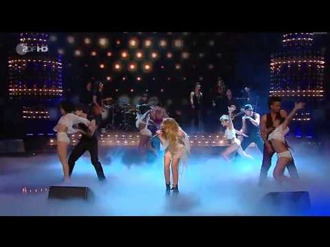 Miley Cyrus - Who Owns My Heart - Live -...