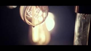 華晨宇蜉蝣作詞:代岳東作曲:華晨宇編曲:鄭楠自由天空中被擊落靈魂海...