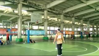 花式街頭籃球【小夫】vs 世界街球教父【#Hot Sauce】單挑1on1影片(搶先版)????#街球 #花式籃球 #AND1 #streetball