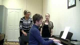 """Урок вокала.Поза """"Колок"""" для вокалиста.Упражнение на свободную гортань.Пробы йодль"""