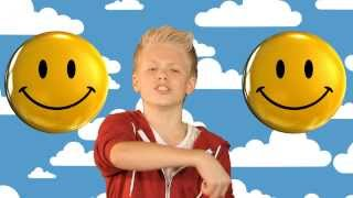 Pharrell Williams - Happy cover by Carson Lueders