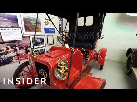 rare-and-expensive-cars-available-to-rent-at-this-museum