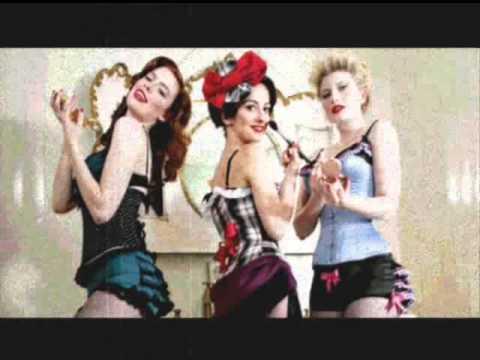 The Puppini Sisters - Jingle Bells