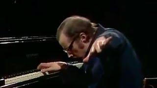 Glenn Gould - Bach - Goldberg Variations BWV 988 - Variation 9 - Canone Alla Terza a 1 Clav.