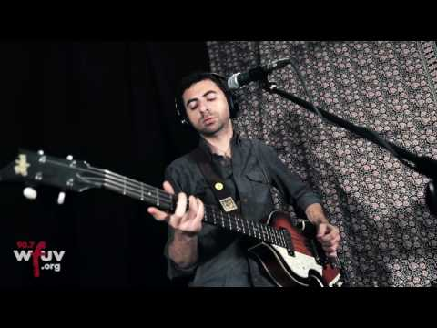 "Sam Cohen - ""Let The Mountain Come to You"" (Live at WFUV)"