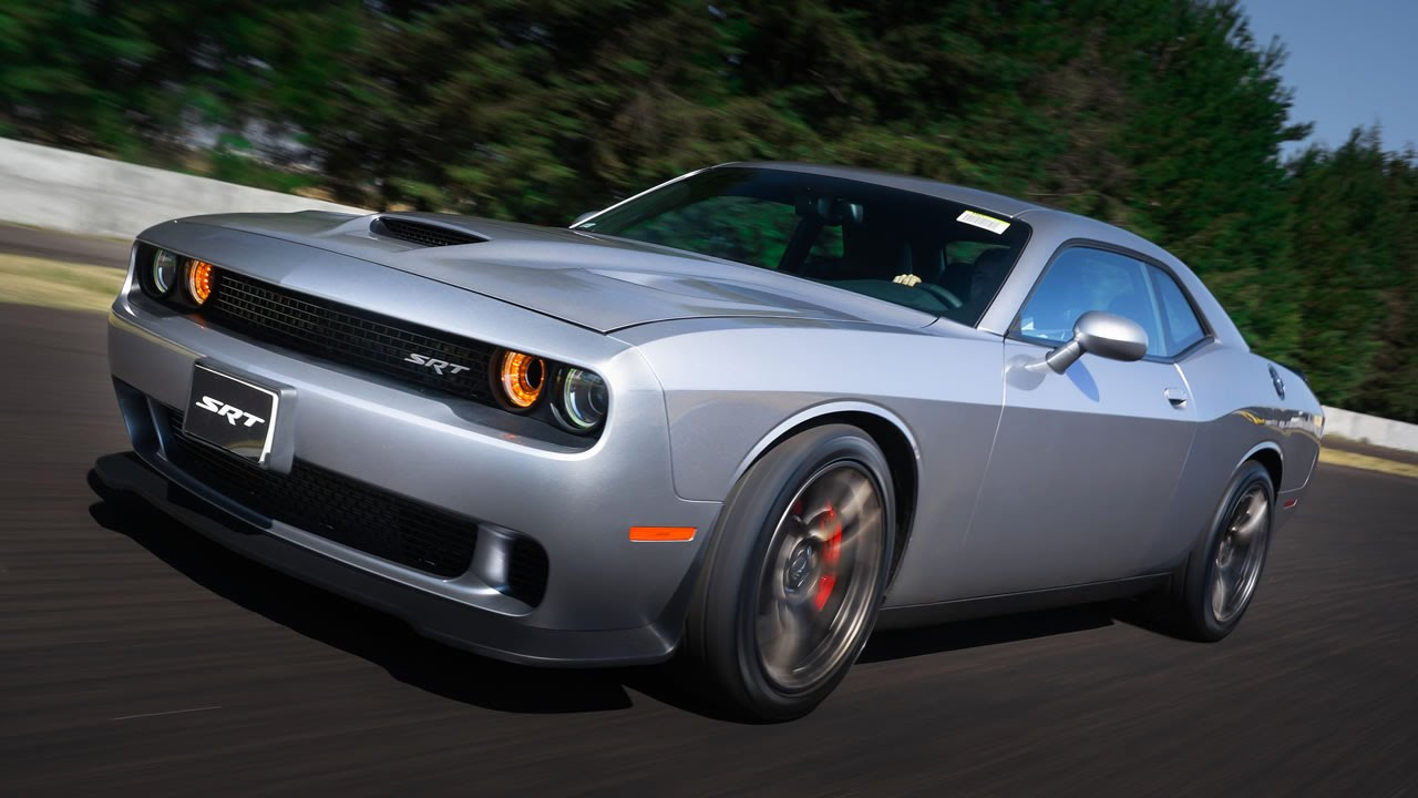2015 Dodge Challenger Srt Hellcat >> Dodge Challenger SRT Hellcat 2015 a prueba | Autocosmos - YouTube