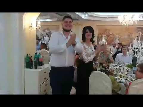 Nuntă la Varzaresti