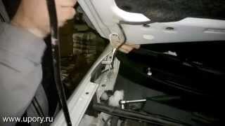Установка упоров (амортизаторов) капота для автомобиля Toyota Rav4 от upory.ru