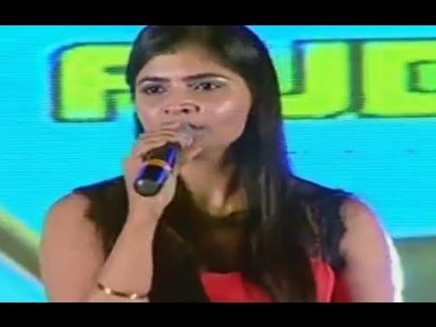 Vaddantune Song Live performance by Singer Chinmayi @ Run Raja Run Audio Launch - Sharwanand