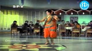 Bangaru Kalalu Movie Songs - Naalona Valapundi Song - ANR - Lakshmi - Waheeda Rehman