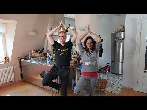 Yoga Spezial mit Uwe Steimle und Katrin Huß
