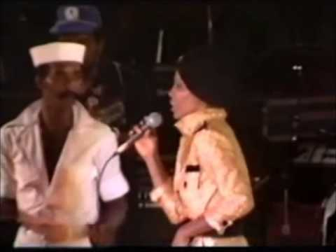 Sheila Hylton - Bed's Too Big Without (Live in Sunsplash)(1981)