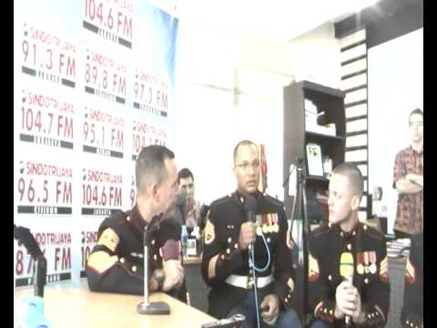 (Sindotrijaya 104.6 FM) Interview with US Marine