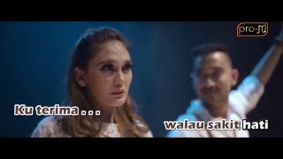 Video Gio Lelaki - Sandiwara Cinta (Official Karaoke Music Video) download MP3, 3GP, MP4, WEBM, AVI, FLV Desember 2017