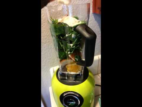 The Dash Chef Series Power Blender Demo