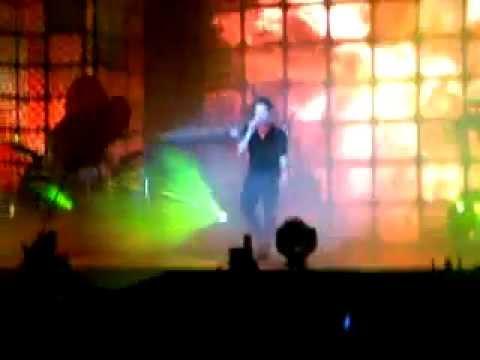 "Tarkan - ""Kuzu Kuzu"" #Live @Baku Expo Center 31.12.2011"