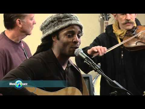 "John Forte (Fugees) ""The breaking of a man"" Live at Music 4 Peace - Sundance"