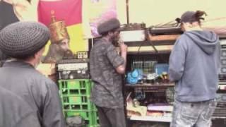 Aba shanti-i playing dub judah to foundation by dubkasms   DUB   SCHOOL    NORTHAMPTON    OCT   09