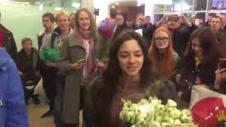 Евгения Медведева вернулась в Россию