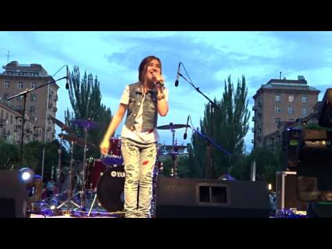 Meri Kocharyan - Tont Snorhavor  - 1 June 2016 Cascade