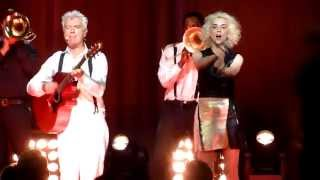 David Byrne & St. Vincent - Road to Nowhere (Live in Copenhagen, August 22nd, 2013)