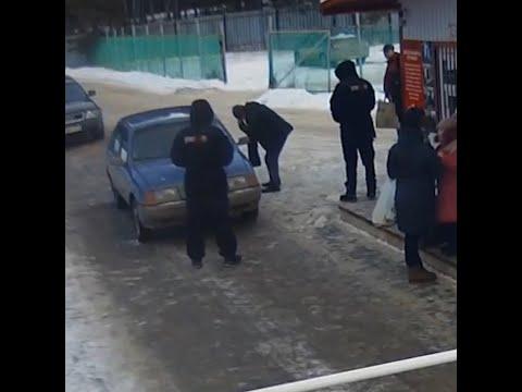 В Тюмени охранник брызнул из перцового баллончика в лицо пенсионеру   72.RU