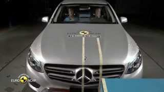 Mercedes-Benz GLC - Crash Tests 2015 | AutoMotoTV