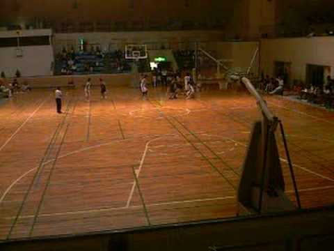 平城対一条_第_61回奈良バスケットボール高校総体4.asf