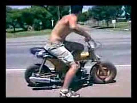 Honda Dax motor biz ...!