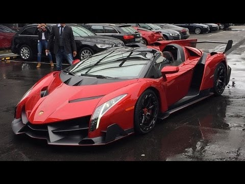 $4m Lamborghini Veneno Roadster loaded onto truck!