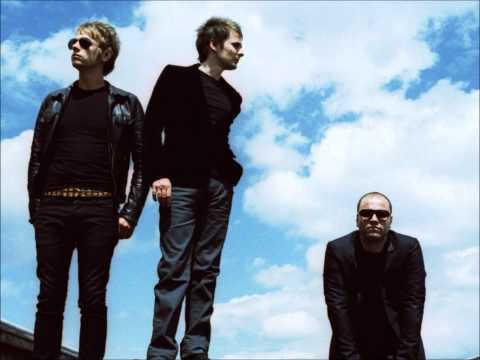 Muse - Knights of Cydonia (Matt's Backing Vocals)
