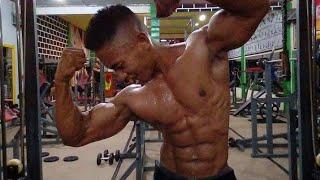 Binaraga Live! Latihan di gym, binaraga pamet otot