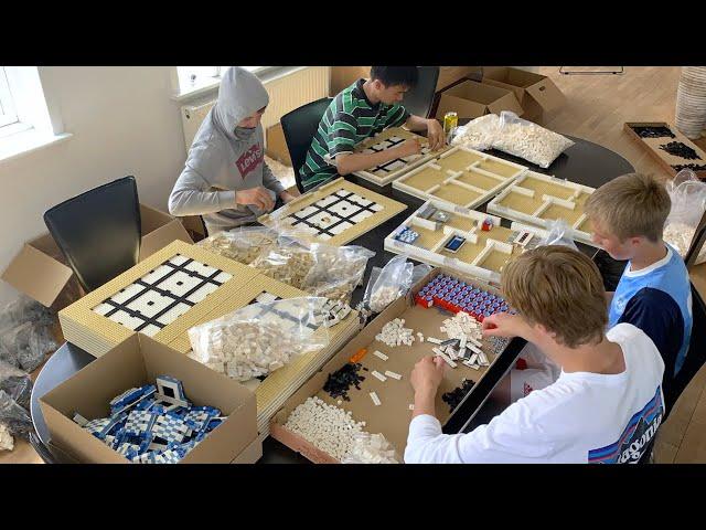 Making of 50 LEGO houses | 52,000 LEGO BRICKS