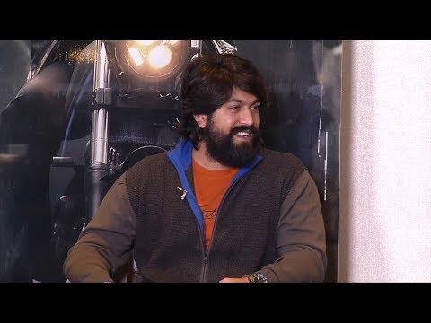 KGF Movie Team Interview With Mangli | Yash | Srinidhi Shetty | Manastars