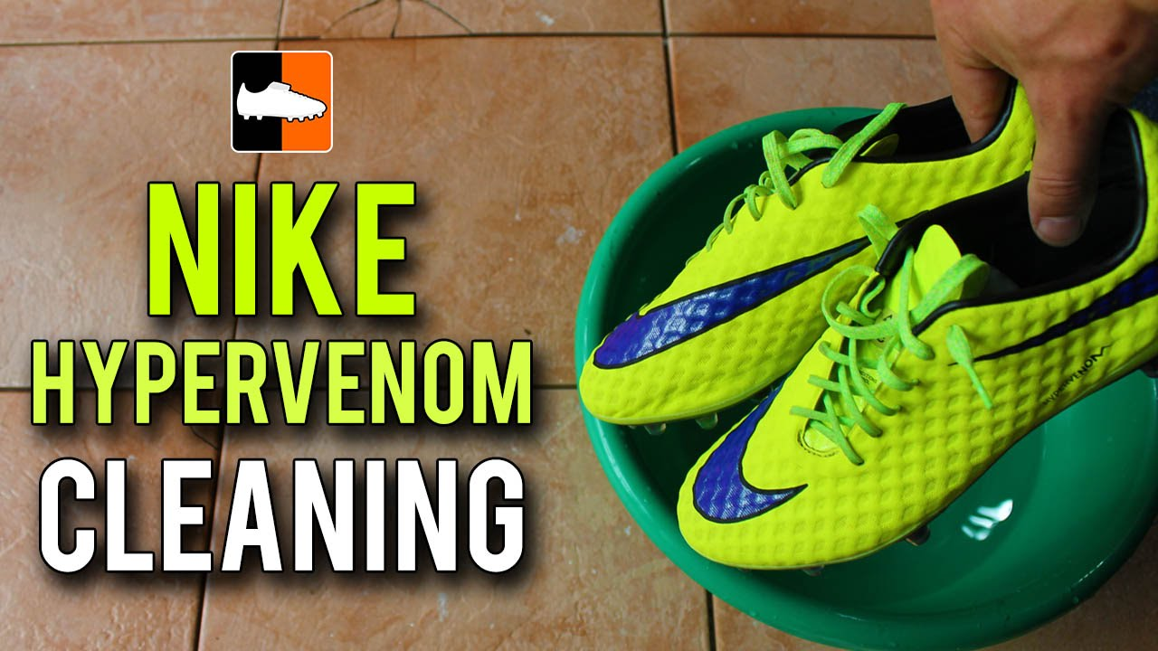 detailed pictures d33a1 f3080 How to Clean the Nike Hypervenom Phantom - Intense Heat Edition