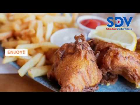How to make batter-fried chicken drumsticks with fries