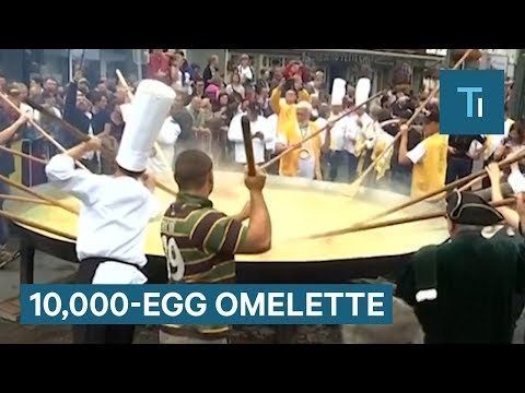This Belgian Town Has Been Making An Enormous 10,000-Egg Omelette For Years