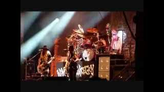 ROCK OF AGES 2012- Alice Cooper - Under My Wheels live.wmv