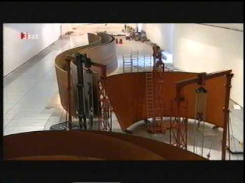 Richard Serras Installation im Guggenheim Museum Bilbao