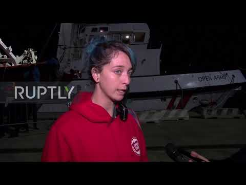 Italy: Open Arms rescue vessel docks with 122 rescued migrants in Messina