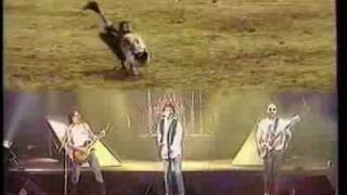Watch Nazareth Animals video
