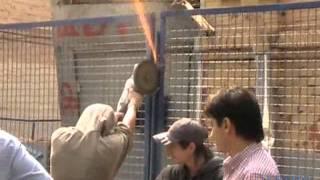 Огнетушитель против болгарки (Б.Козихинский, 13.08.2011)(, 2011-08-14T11:35:47.000Z)