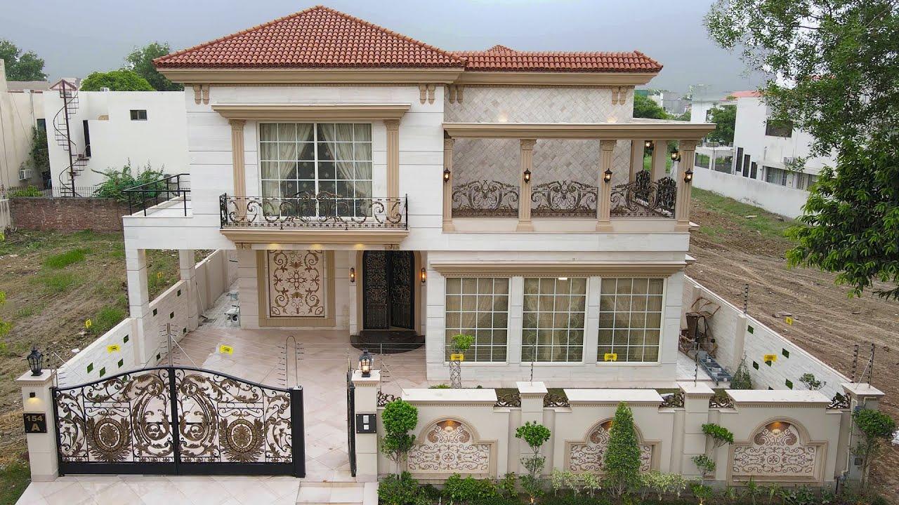 1 kanal SPANISH MASTER PIECE for Sale in Dha Lahore l Price: 9.50 Crore