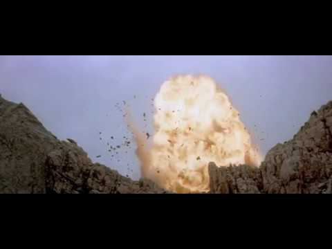 The Best Movie Explosions: Cliffhanger (1993)