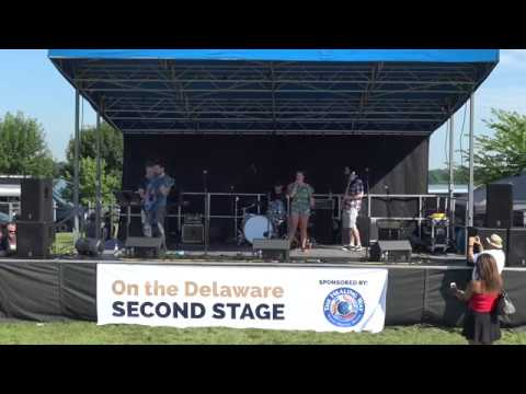 Su Z -  Beautiful Eyes from On The Delaware Music Festival