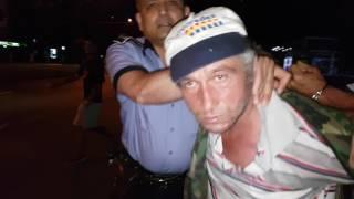 Barbat saltat de politisti pentru scandal la Resita