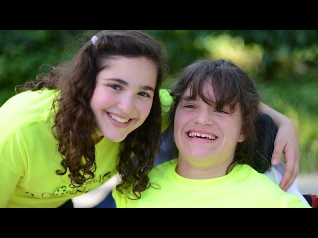 Illinois Teen Gabriella Cooperman Bakes Cookies to Change Lives
