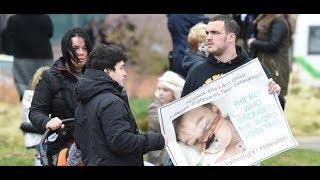 Großbritannien: Die Ärzte stellen die Geräte ab – doch Alfie Evans atmet selbst