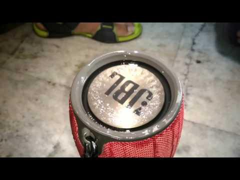 JBL Xtreme Splashproof (Water Test)